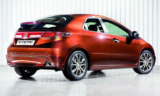 Honda Civic 5D 2011