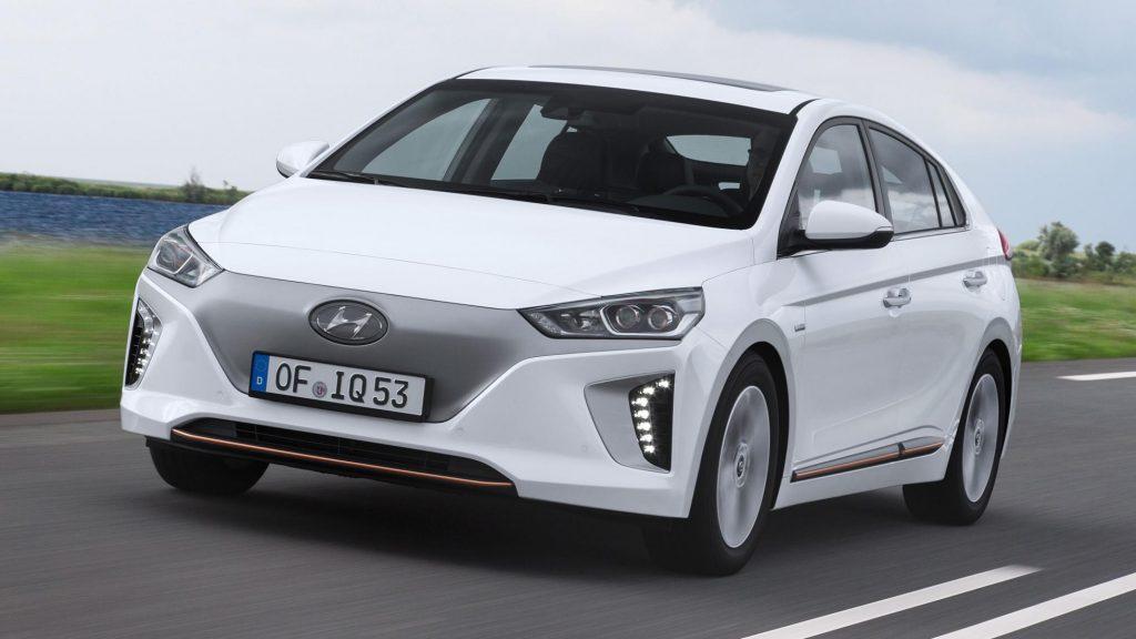 Hyundai Ioniq Electric (белый)