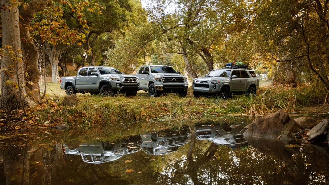 Toyota представила внедорожники 2021