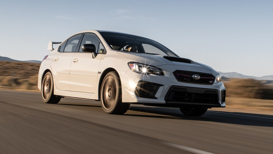 Subaru представляет обновленный WRX