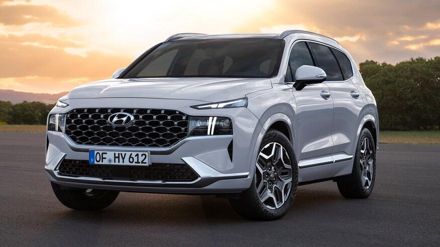 Hyundai представляет обновленный кроссовер Santa Fe
