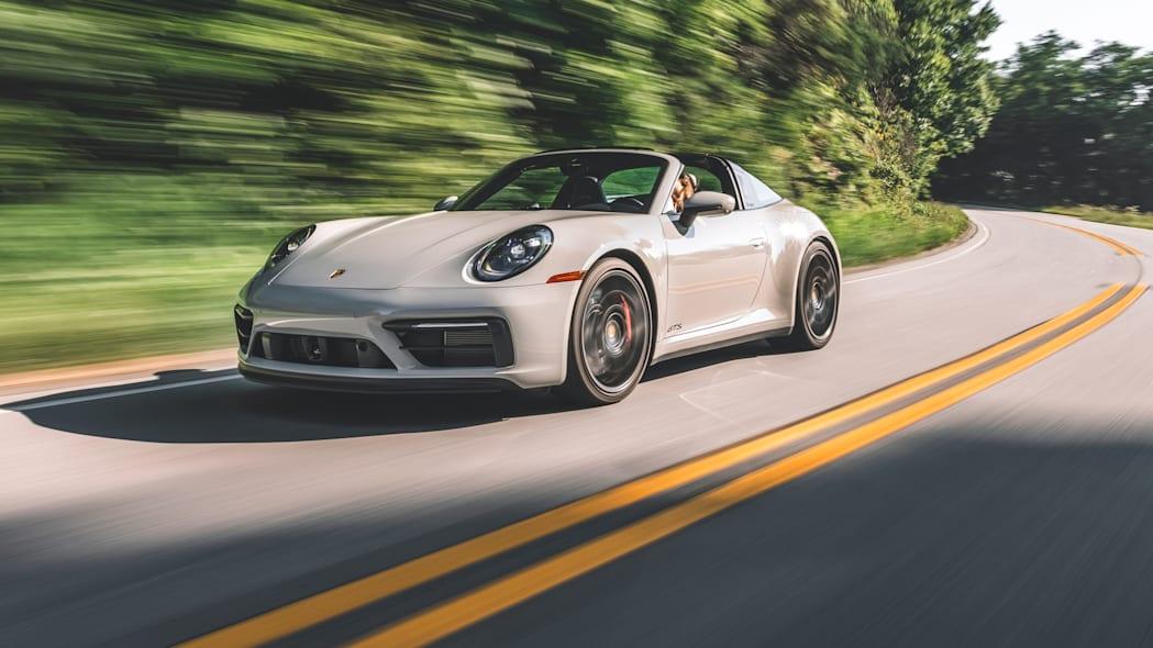 Обзор Porsche 911 GTS 2022