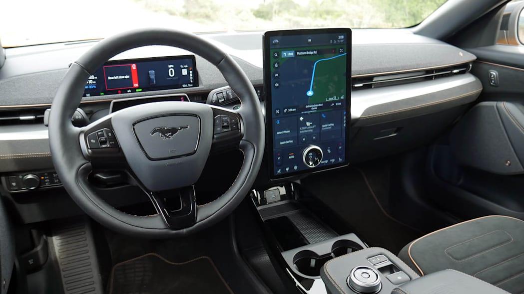 Обзор переднеприводного Ford Mustang Mach-E GT